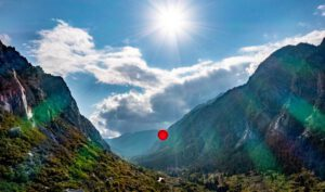 A weather balloon floats high above Little Cottonwood Canyon at the height of the UDOT LCC EIS gondola alternative proposed tower. Photo credit: Salt Lake Tribune